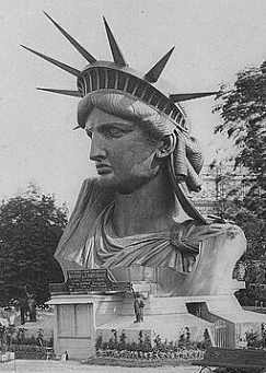 the new colossus poem analysis essay A mighty woman: on emma lazarus's the new colossus what drew me to emma lazarus was not her finely wrought poems it was not her early emergence as a poetic prodigy.