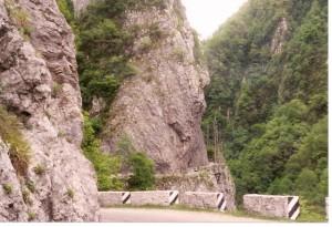 The one-lane road to Krasnaya Polyana. May 1998.