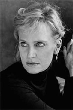 Gender, Art, Perception: Lauren Walsh Interviews Siri Hustvedt