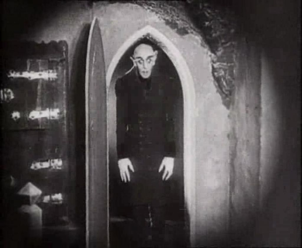 essays on nosferatu 1922 Bestessaywriterscom is a professional essay writing fw murnau 1922 how are the following techniques usedan analysis of music, colour, and light in nosferatu.