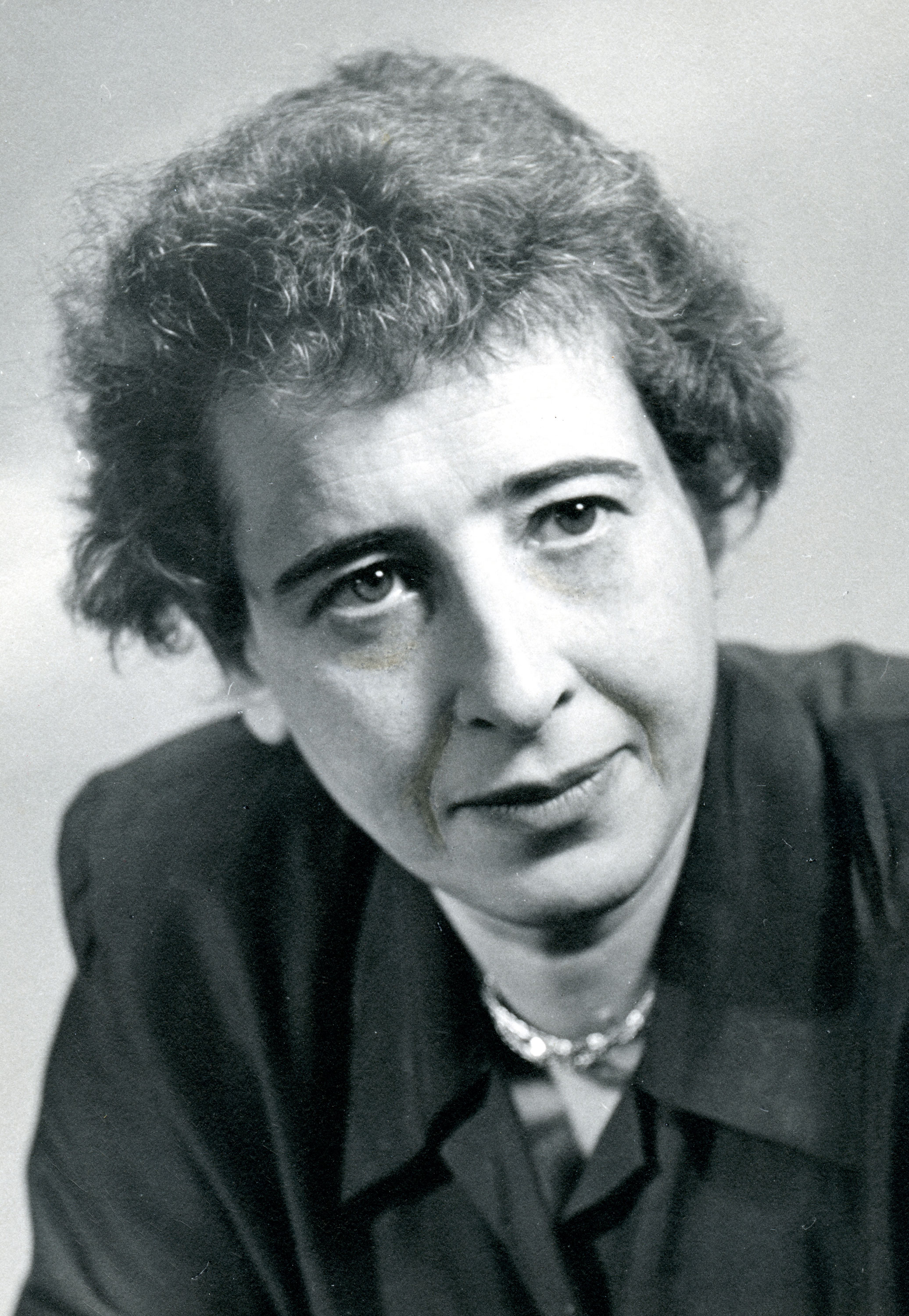 "hannah arendt essays ""in a very thought provoking essay in the spring 2005 issue of hannaharendtnet wolfgang heuer casts a very critical eye on a sentence from a speech given by the former president of the federal republic of germany, johannes rau the sentence, attributed to hannah arendt, that ""politik ist angewandte liebe zur welt."
